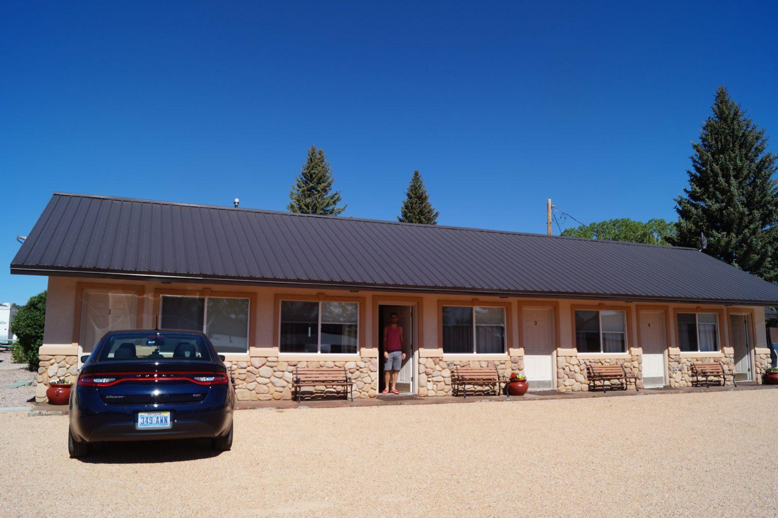 Mountain Ridge Motel