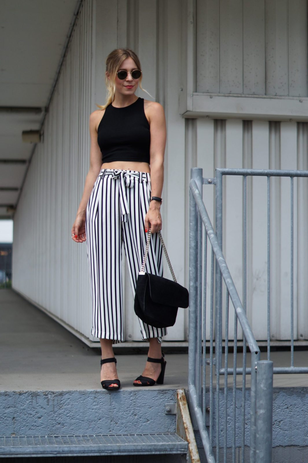 Outfit Striped Culotte X Crop Top Sariety