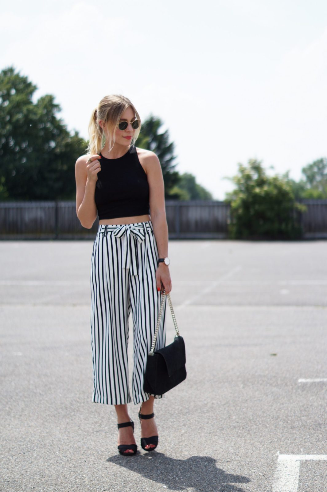 Outfit Striped Culotte X Crop Top - Sariety