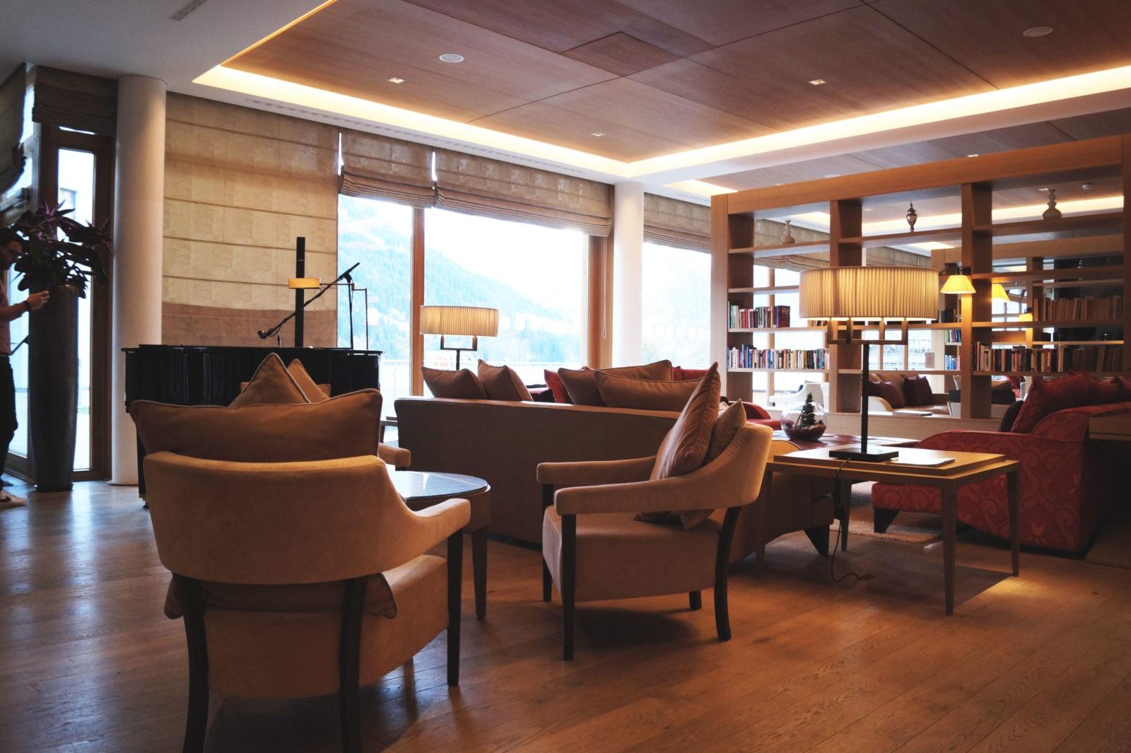 Hotel Review Travel Charme Ifen Hotel Kleinwalsertal Austria Österreich Hotelbewertung Lobby