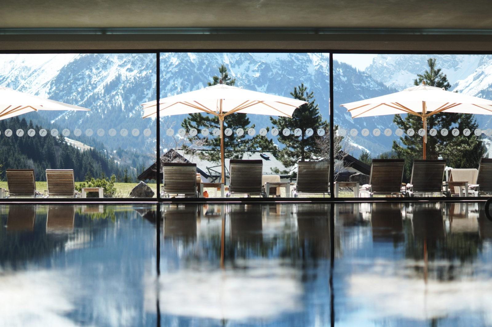 Hotel Review Travel Charme Ifen Hotel Kleinwalsertal Austria Österreich Hotelbewertung Puria Premium Spa Pool Panorama