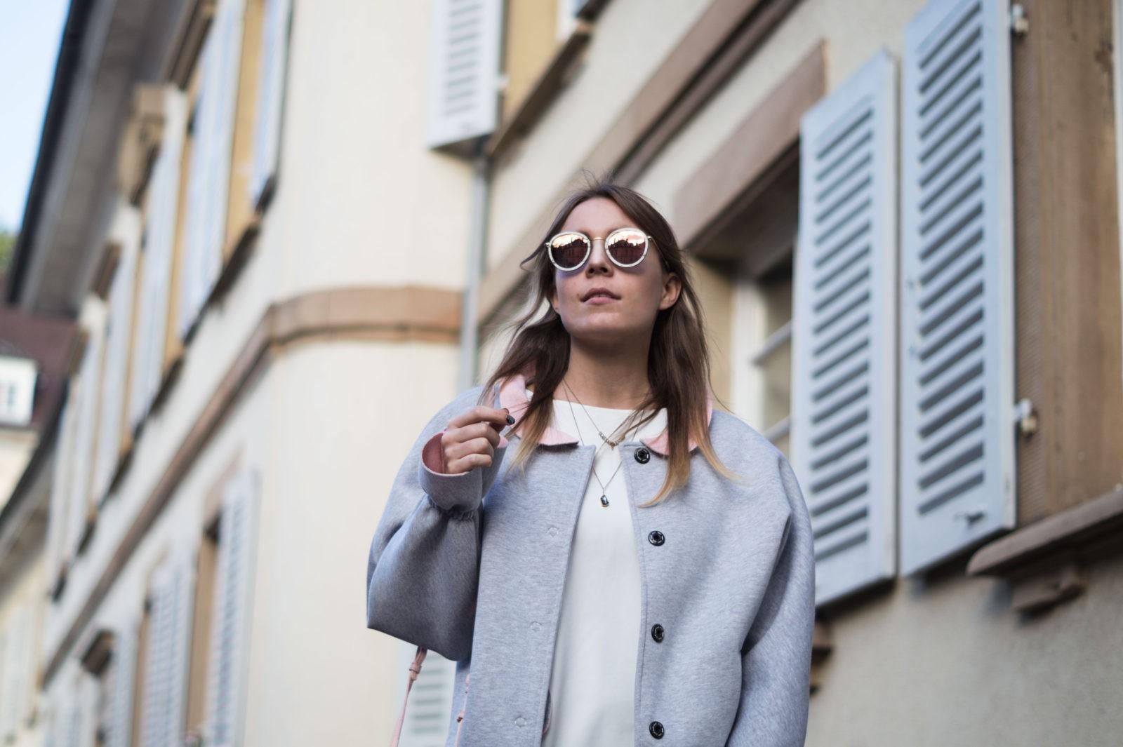 Gray Bomber Jacket Bomberjacke Grau Rueschen Rosa Modeblog Heidelberg Fashionblogger Kerbholz Sonnenbrille Sariety