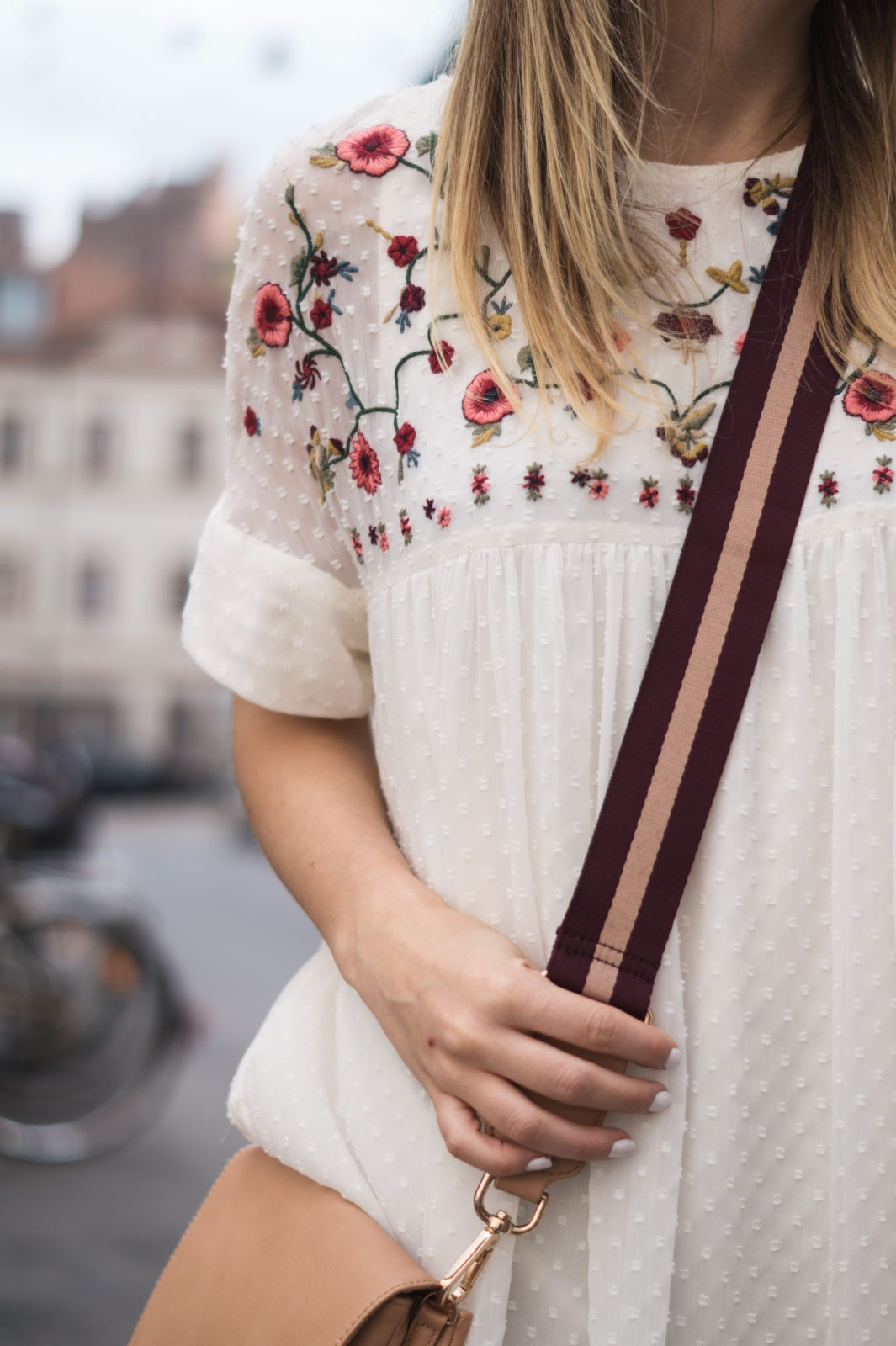 Floral Summer Dress Zara Jumpsuit Black Loafers Pantoletten Sommerkleid Streetstyle Heidelberg Sariety Modeblog Details