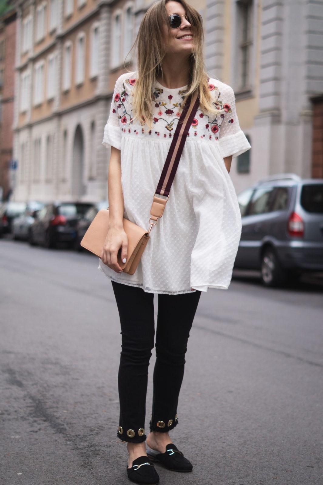 Floral Summer Dress Zara Jumpsuit Black Loafers Pantoletten Sommerkleid Streetstyle Heidelberg Sariety Modeblog Smile Happy Girl