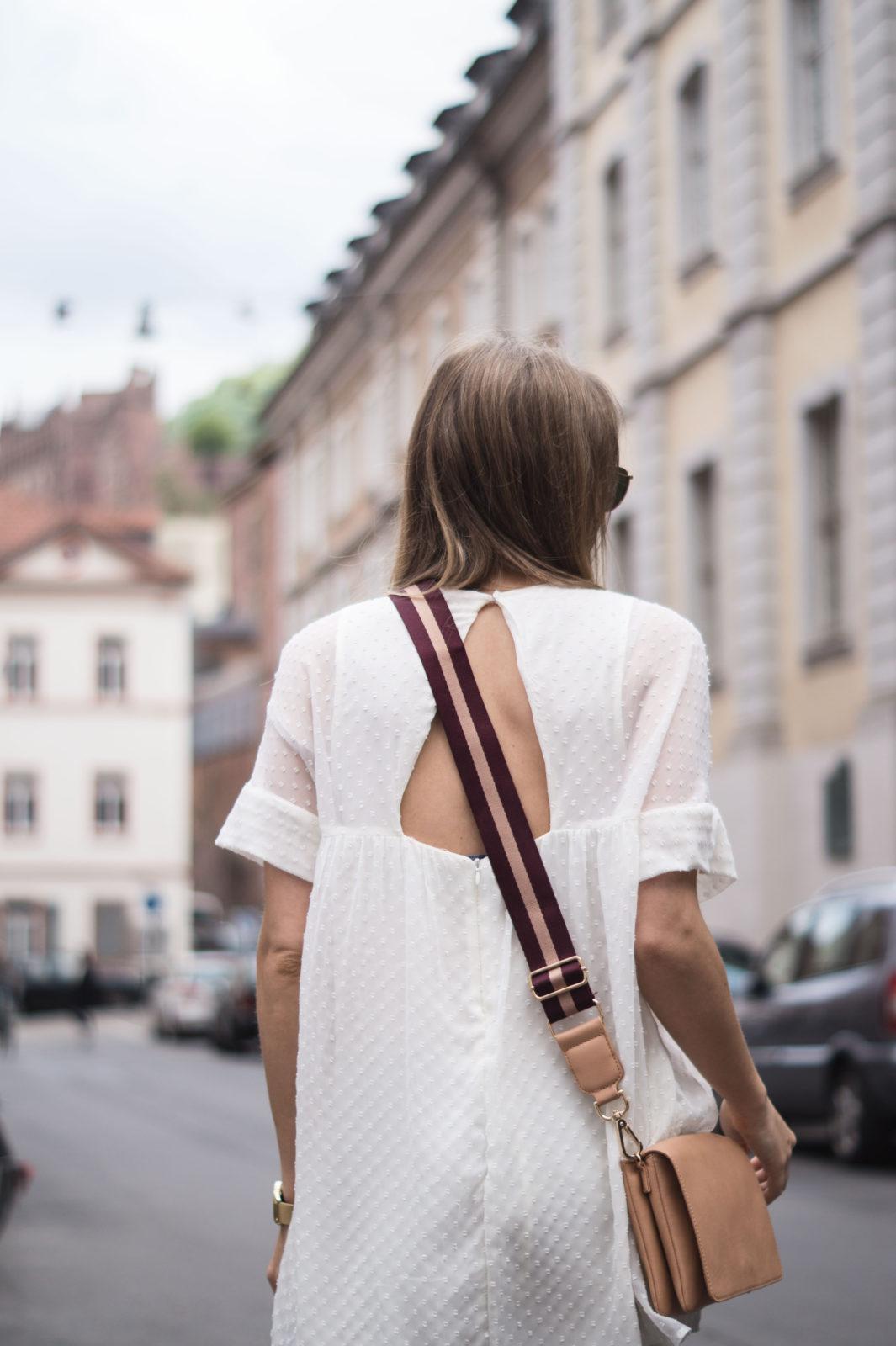 Floral Summer Dress Zara Jumpsuit Black Loafers Pantoletten Sommerkleid Streetstyle Heidelberg Sariety Modeblog Streetstyle Details