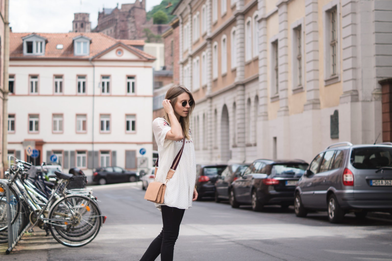Floral Summer Dress Zara Jumpsuit Black Loafers Pantoletten Sommerkleid Streetstyle Heidelberg Sariety Modeblog Streetstyle Fashionblogger