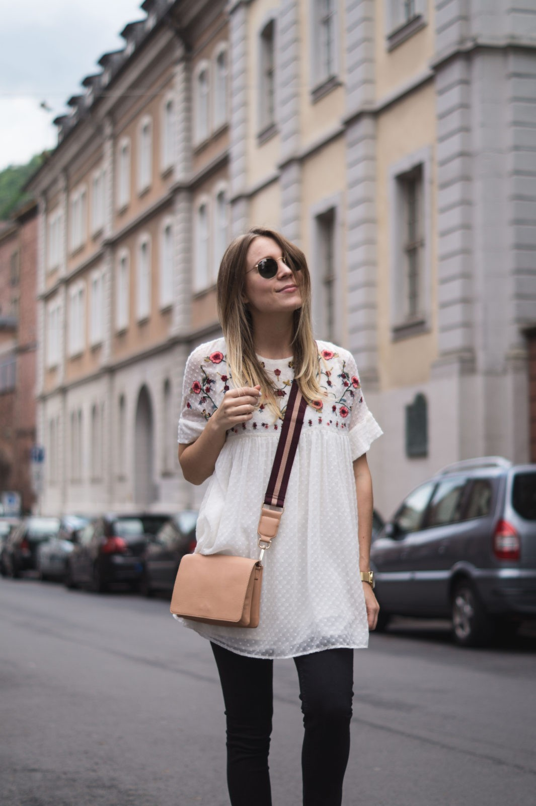 Floral Summer Dress Zara Jumpsuit Black Loafers Pantoletten Sommerkleid Streetstyle Heidelberg Sariety Modeblog Streetstyle