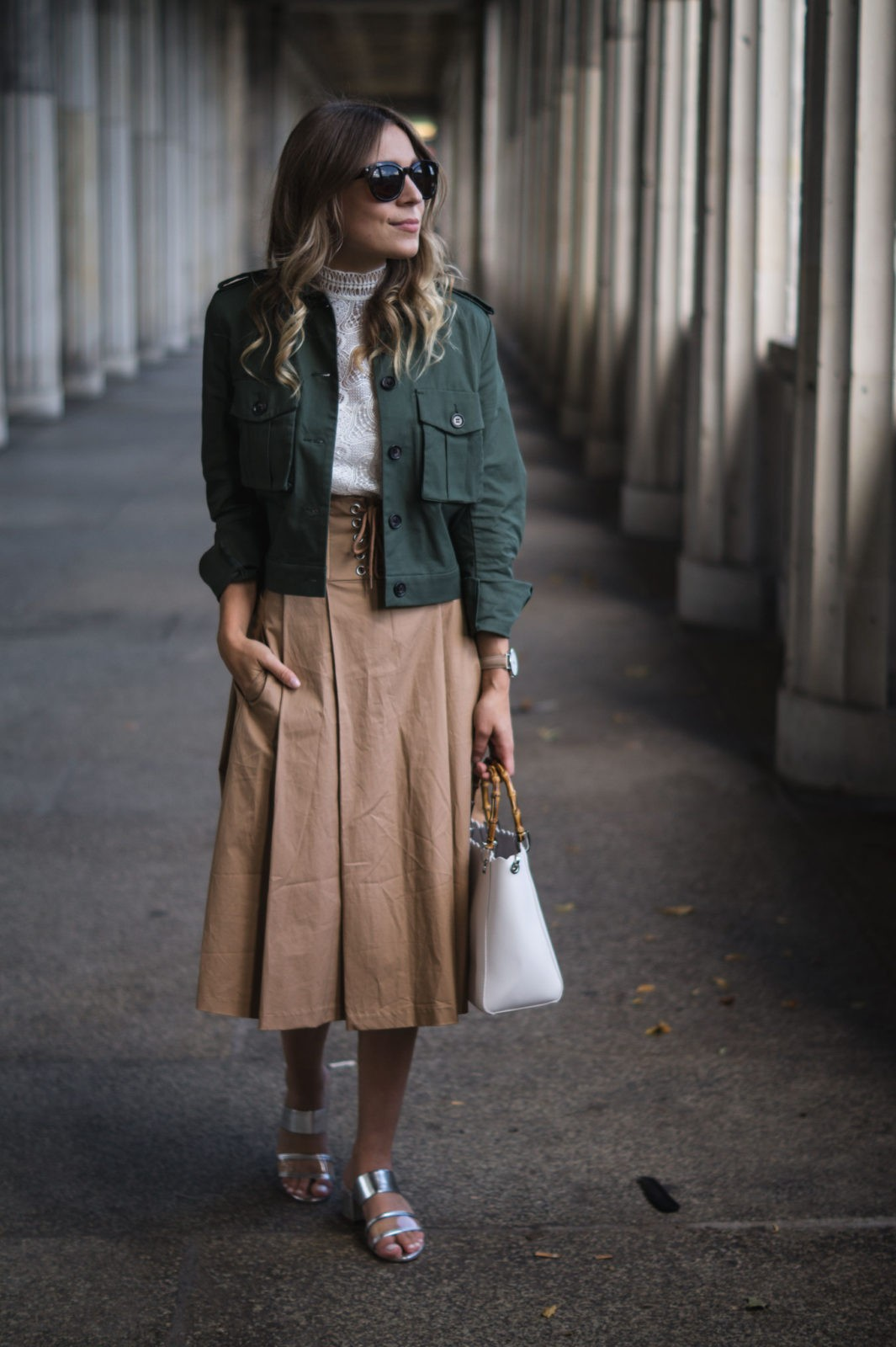 Fashion Week Berlin Streetstyle Sariety Midi Rock Skirt Museumsinsel MBFW Modeblogger Fashionblog Outfit-18