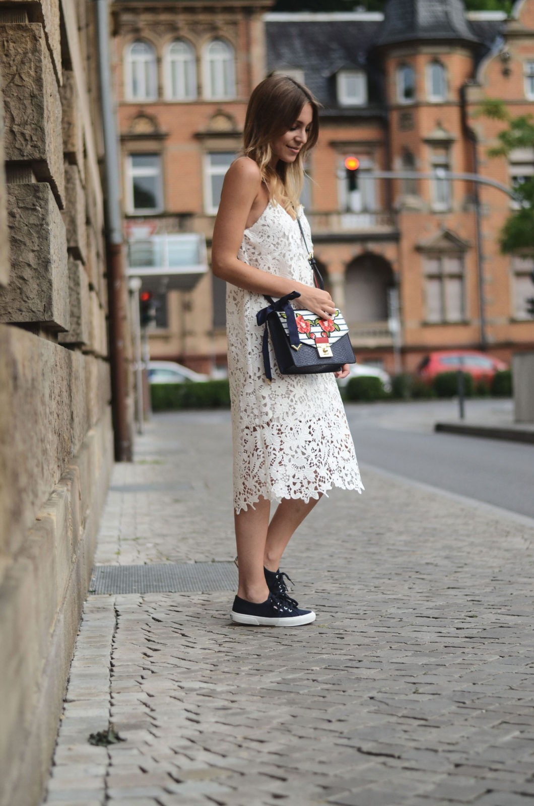 sariety modeblog heidelberg sarah czok fashionblogger zara spitzenkleid superga aldo bag 3 sariety. Black Bedroom Furniture Sets. Home Design Ideas