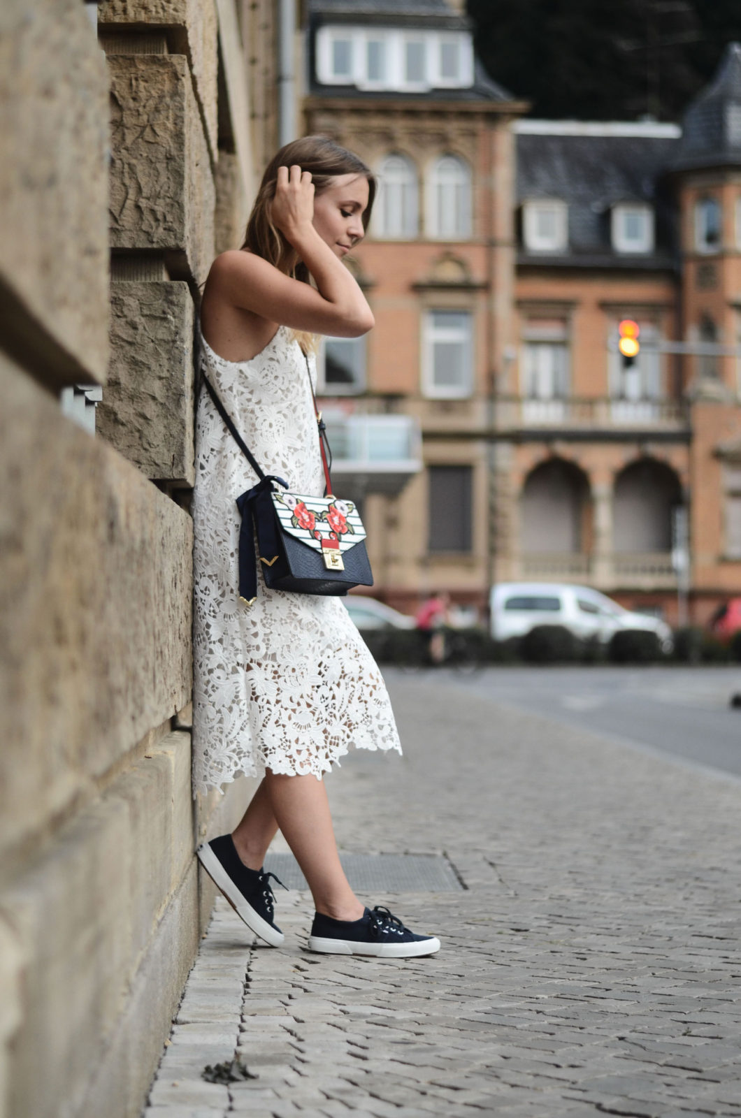 Sariety-modeblog-heidelberg-sarah-czok-fashionblogger-zara-spitzenkleid-superga-aldo-bag-6