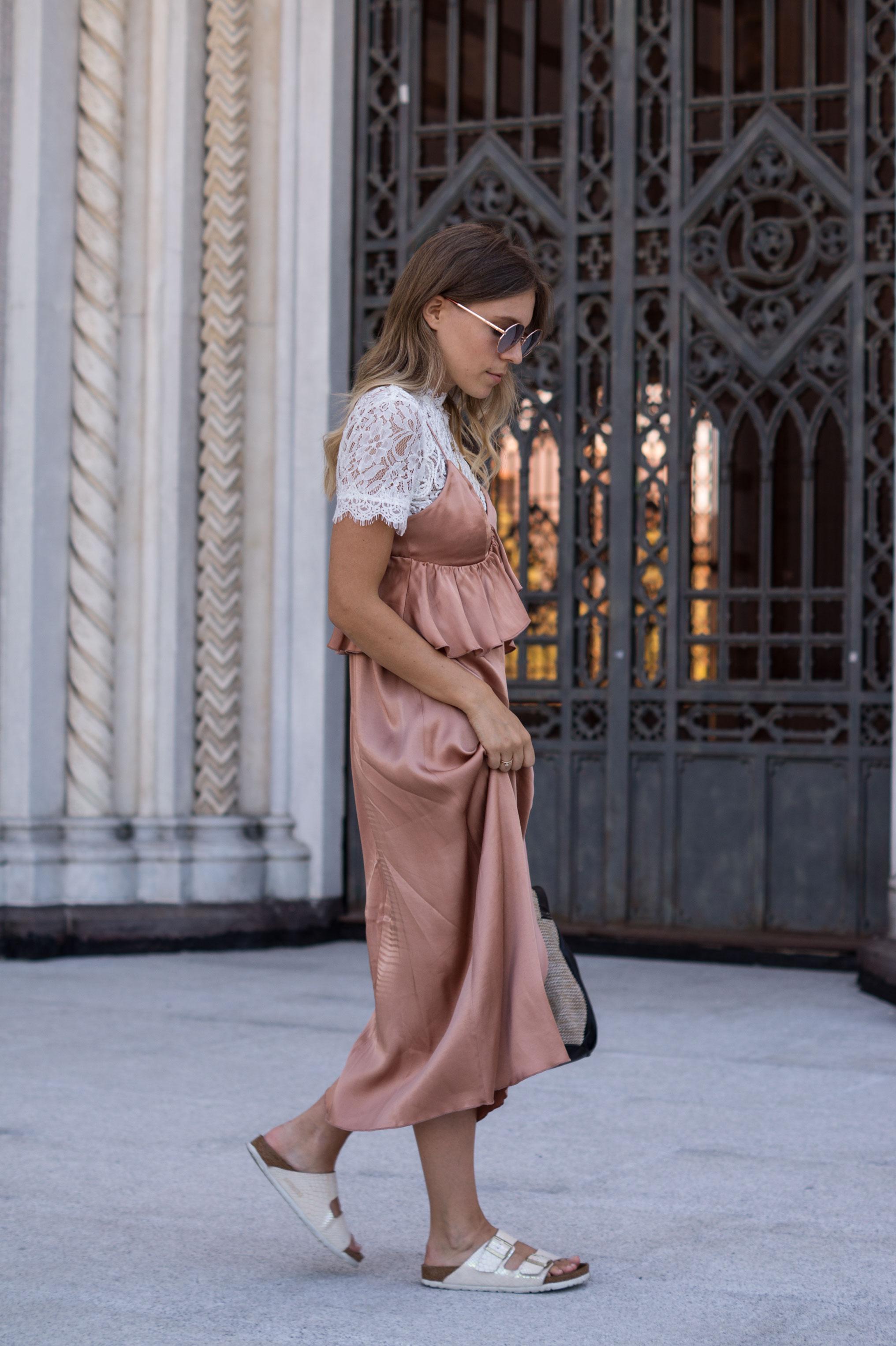 Copper Slipdress rosa Satinkleid silk dress ruffles Rüschenkleid H&M Sariety Modeblog Heidelberg Fashionblogger Milan Mailand Shooting-17