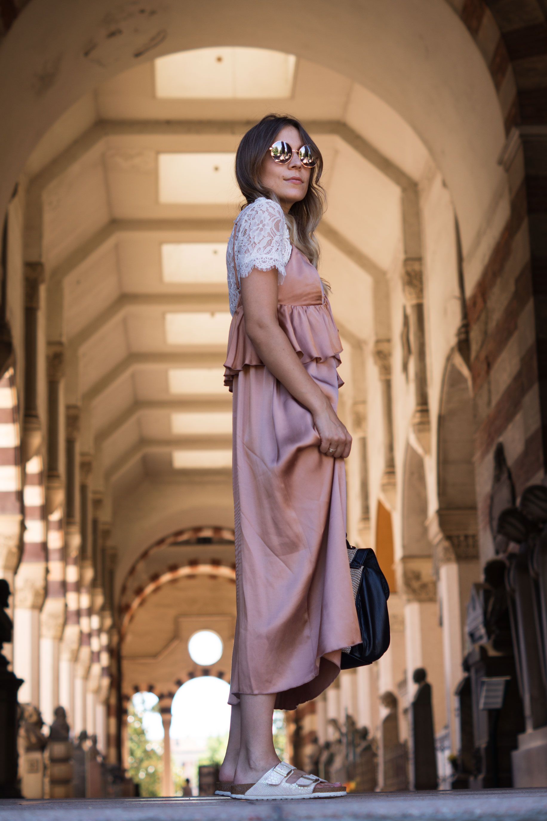 Copper Slipdress rosa Satinkleid silk dress ruffles Rüschenkleid H&M Sariety Modeblog Heidelberg Fashionblogger Milan Mailand Shooting-6