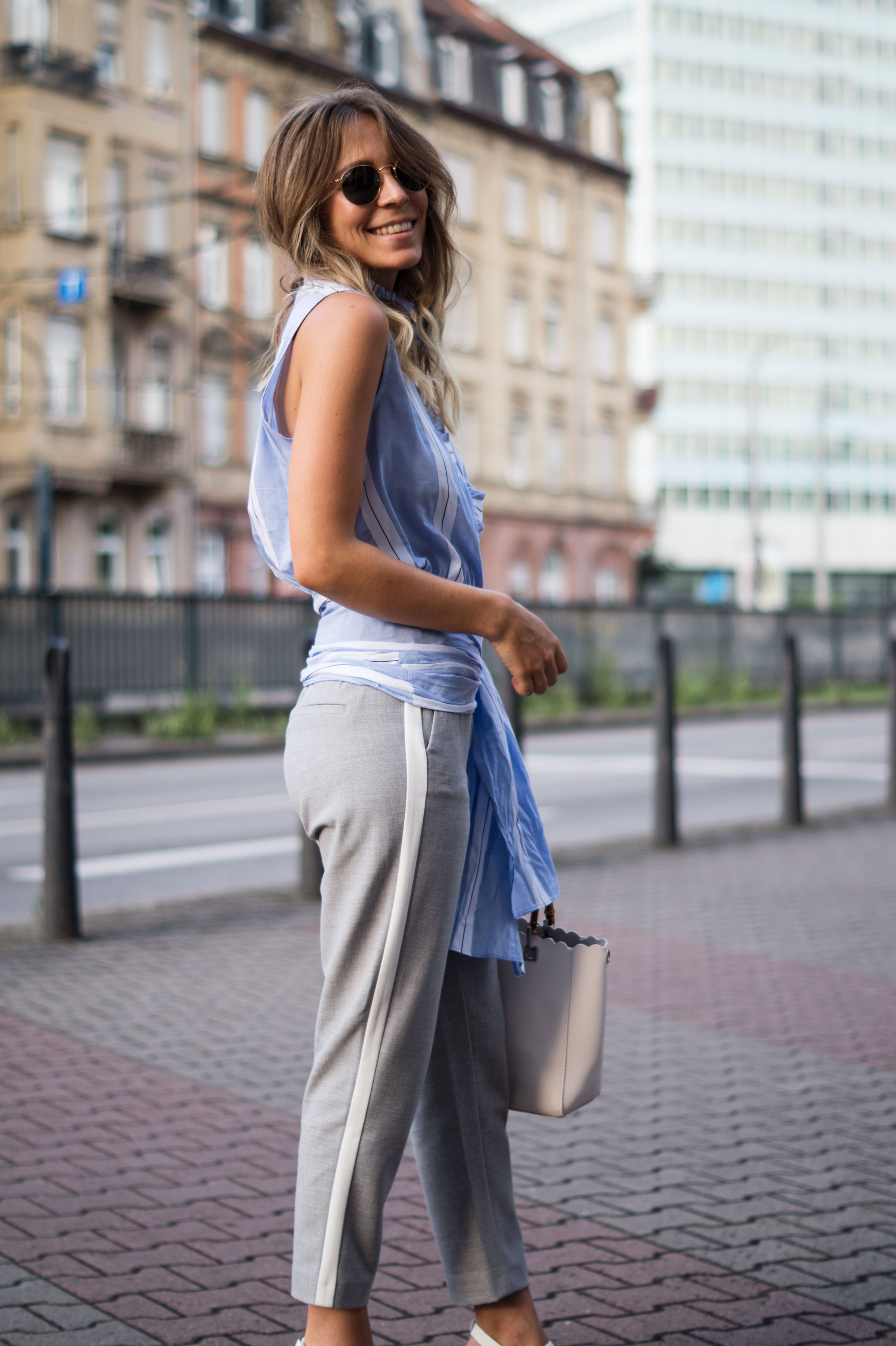 Mango Wrap Blouse Knotenbluse Joggers Sariety Fashionblogger Modeblog Heidelberg Streetstyle-10