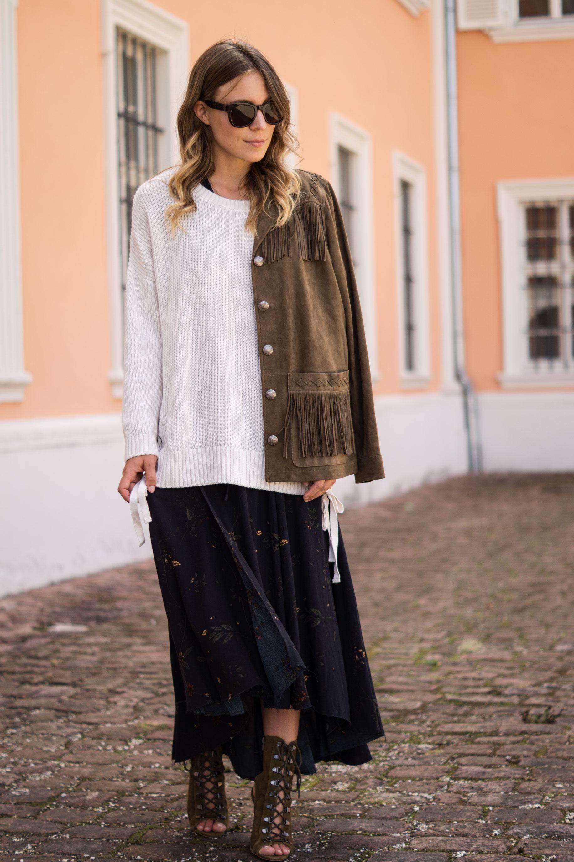 Fall Layers Herbstlook Fransenjacke Wildlederjacke Lace Up Heels Sariety Sarah Schaefer Modeblog Heidelberg_11
