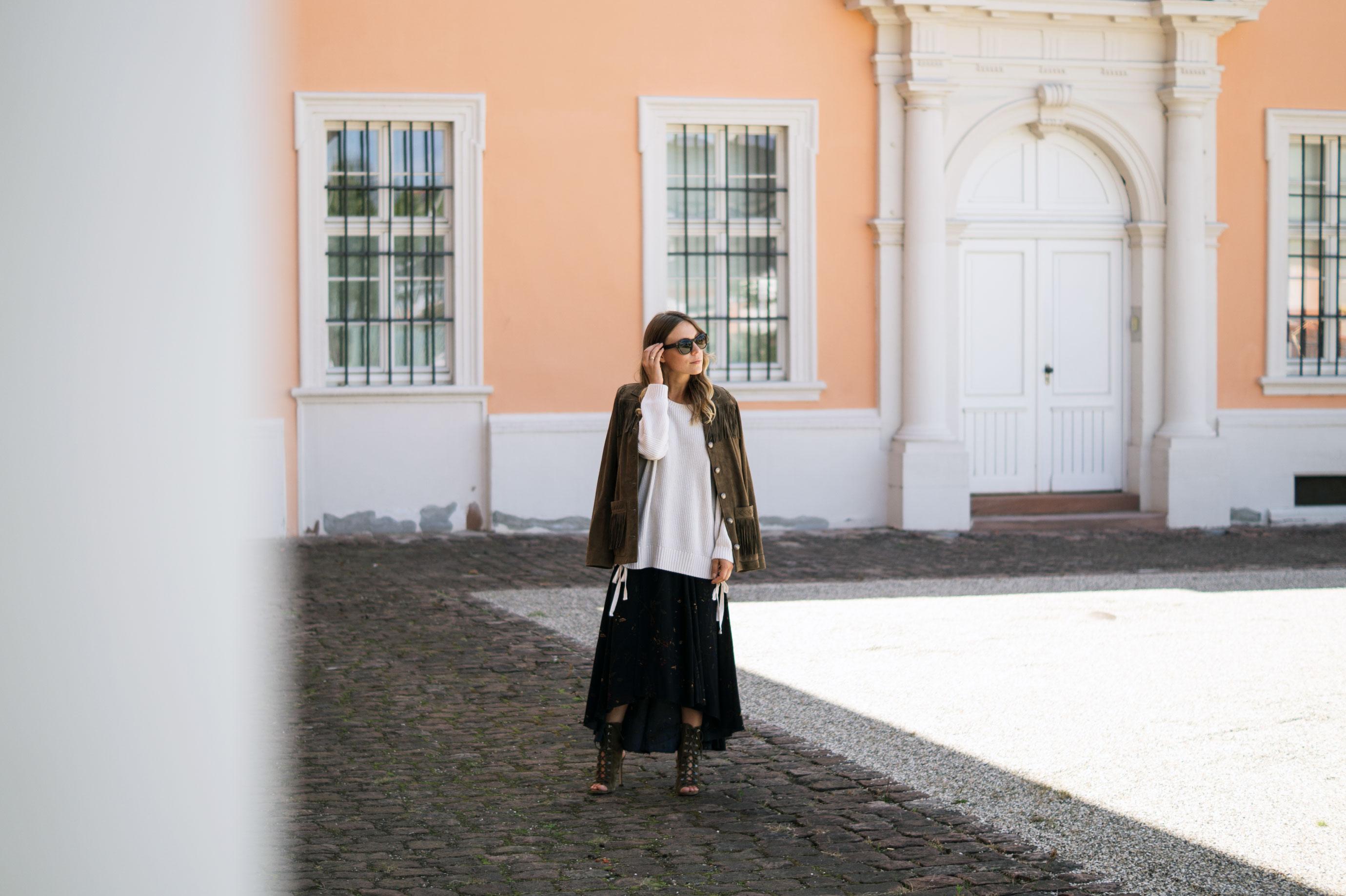 Fall Layers Herbstlook Fransenjacke Wildlederjacke Lace Up Heels Sariety Sarah Schaefer Modeblog Heidelberg_3