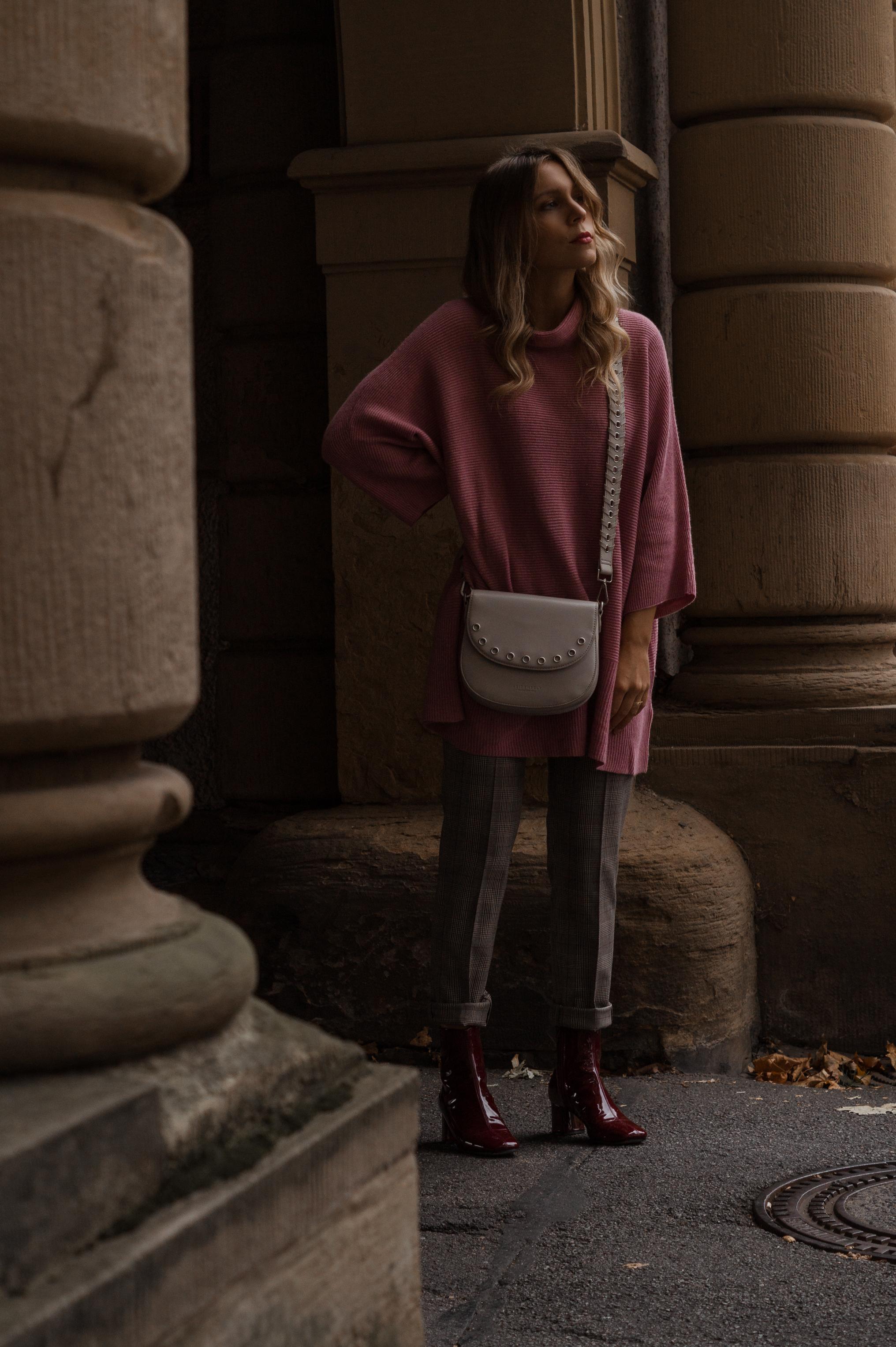 Instagram-Frust Seidenfelt Tasche Modeblogger Heidelberg Sariety Fashionblog Sarah Schäfer karierte Hose rote Lackschuhe_8