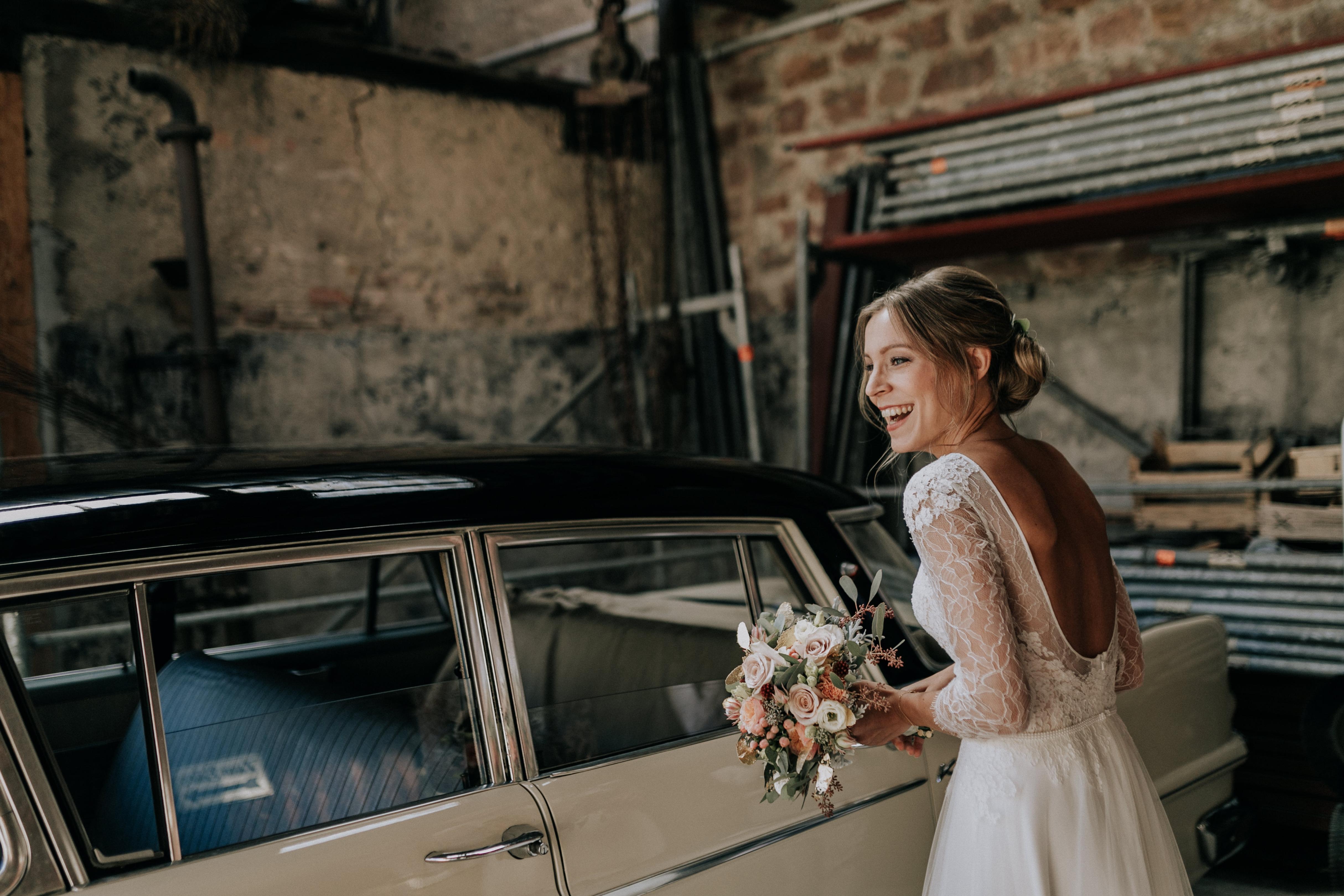 Brautkleid Anprobe: Die Sache mit dem Traumkleid - Sariety