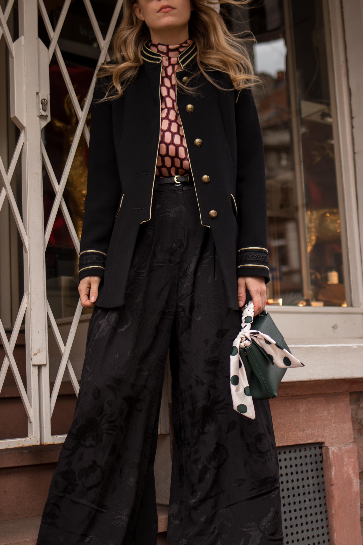 Marlene pants &otherstories retro look pattern mix army jacket marlene hose kombinieren andotherstories rayban rosé verspiegelt Streetstyle Modeblogger Heidelberg Sariety Fashionblog_16