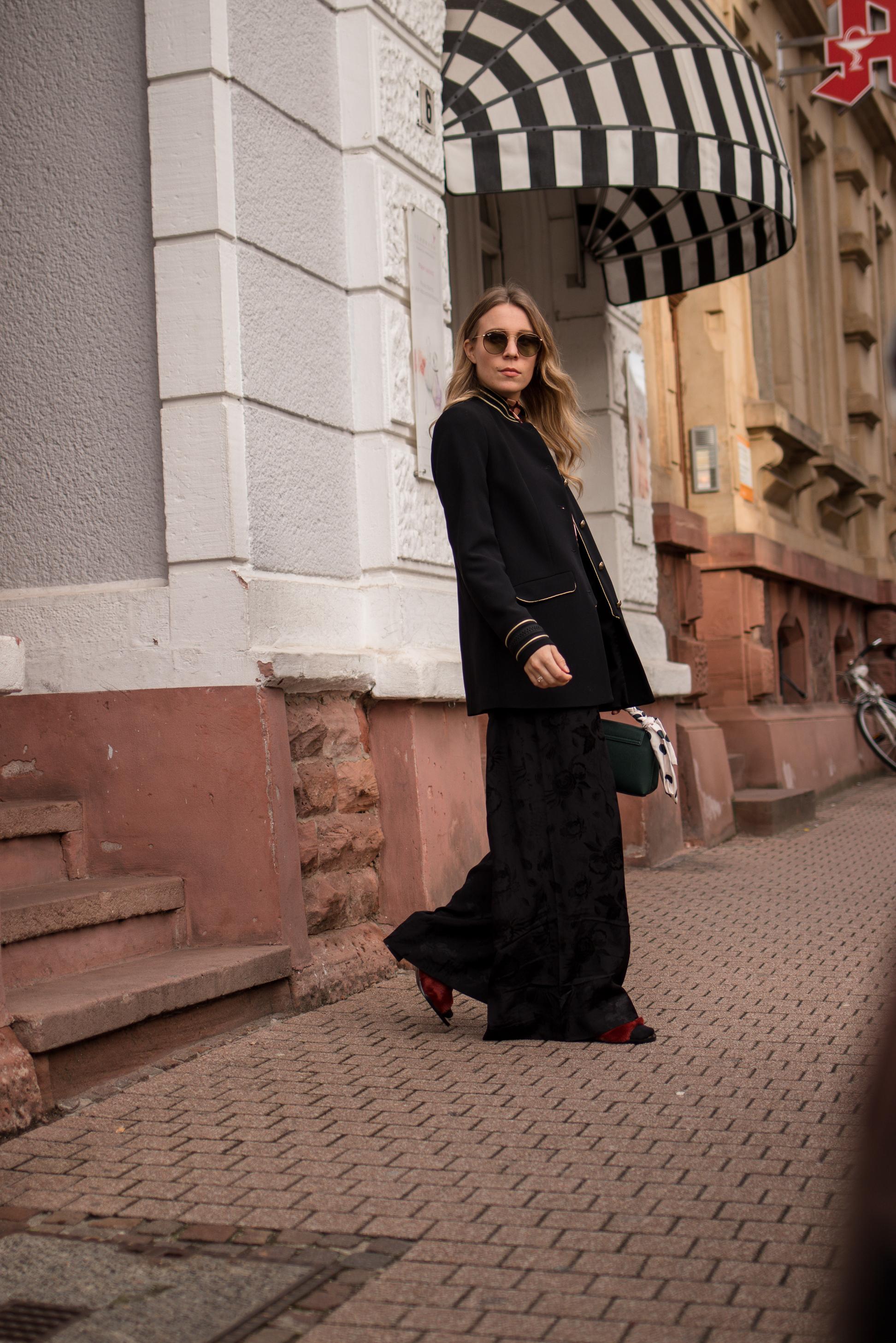 Marlene pants &otherstories retro look pattern mix army jacket marlene hose kombinieren andotherstories rayban rosé verspiegelt Streetstyle Modeblogger Heidelberg Sariety Fashionblog_4-001