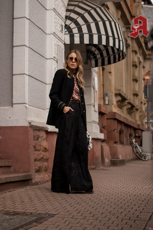 Marlene pants &otherstories retro look pattern mix army jacket marlene hose kombinieren andotherstories rayban rosé verspiegelt Streetstyle Modeblogger Heidelberg Sariety Fashionblog_7-001